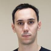 Miloš Mutić, Finansijski asistent