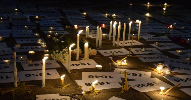 Beograd: Paljene sveće za žrtve genocida u Srebrenici